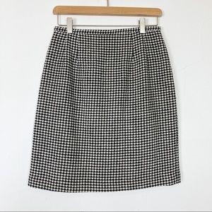Vintage houndstooth wool mini pencil skirt black